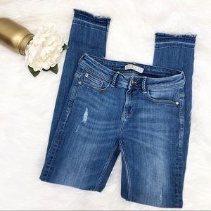 Zara Jeans Released Hems Sz 4 ::OO4
